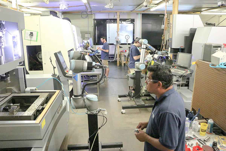 cobot Universal Robots All Axis Machining