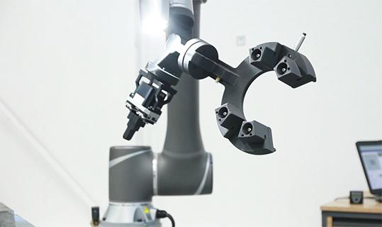 stampaggio iniezione stampa 3D strumenti robot