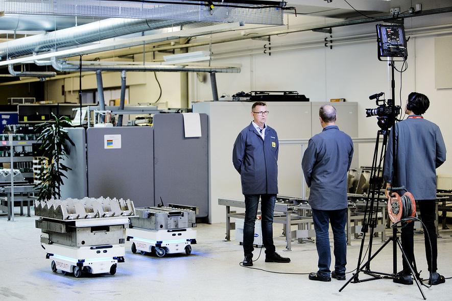 robot mobili autonomi AMR MiR