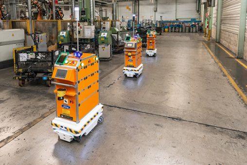 robot mobili MiR logistica interna Ford