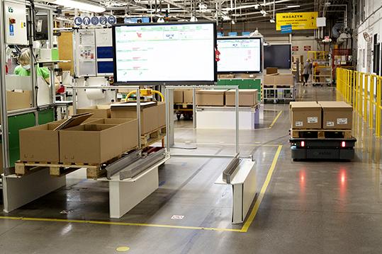 MiR robot mobili autonomi Schneider Electric